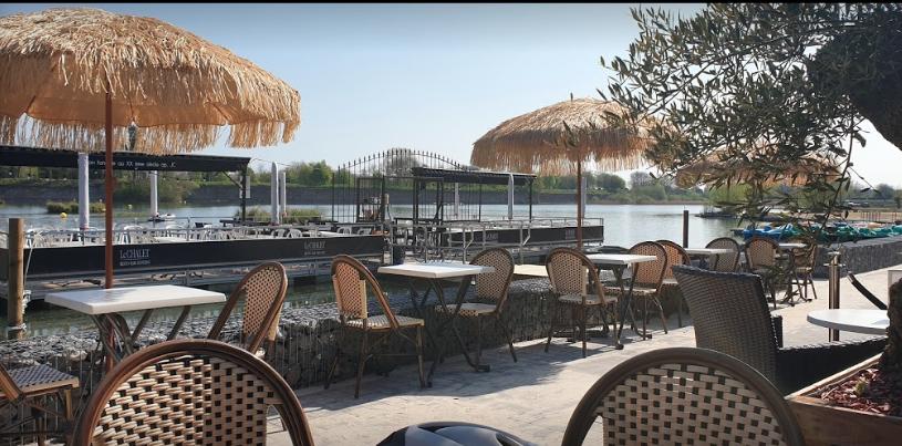 Terrasse flottante - Le Chalet de l'étang - Restaurant Bar Dancing de Le Quesnoy (59)