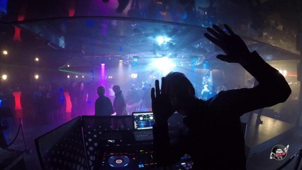 Le Club discothèque - Le Chalet de l'étang - Restaurant Bar Dancing de Le Quesnoy (59)
